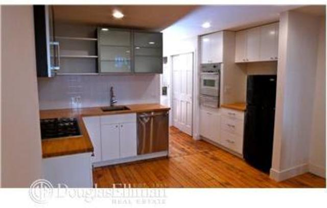 137 St James Place, Unit 1 Image #1