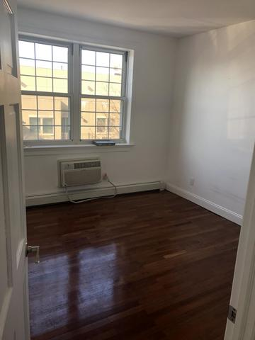 25-34 36th Street, Unit 4R Queens, NY 11103