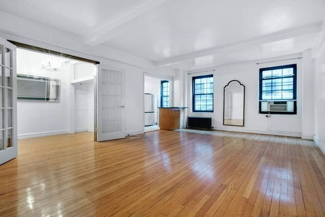 102 East 22nd Street, Unit 4H Image #1