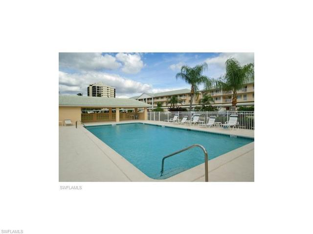10682 Gulf Shore Drive, Unit 304C Naples, FL 34108