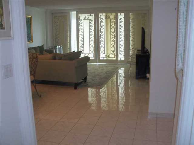 3800 South Ocean Drive, Unit 1814 Image #1
