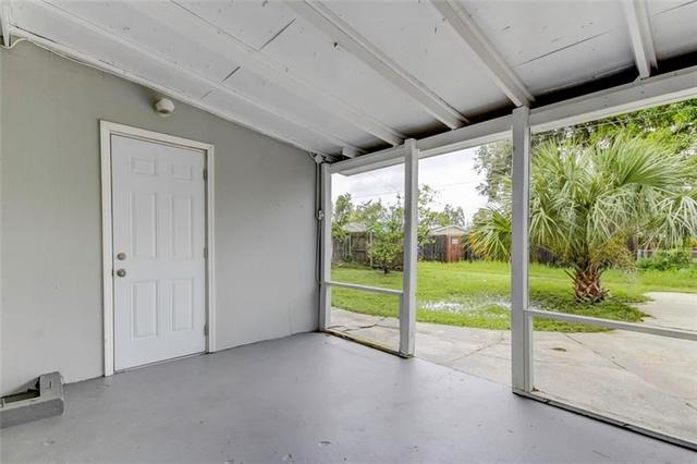 733 86th Avenue North St. Petersburg, FL 33702
