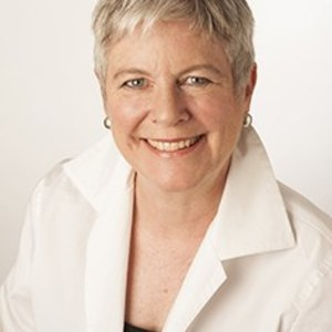 Tracy McBride,                     Agent in San Francisco - Compass