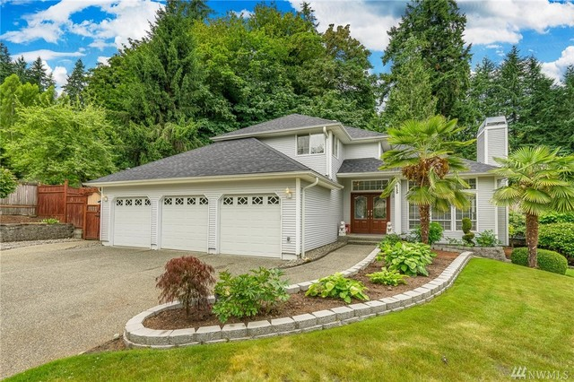 4139 164th Avenue Southeast Bellevue, WA 98006