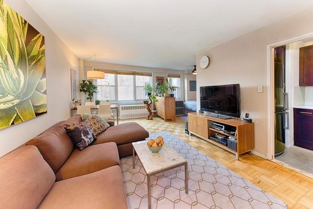 144 East 84th Street, Unit 11H Image #1