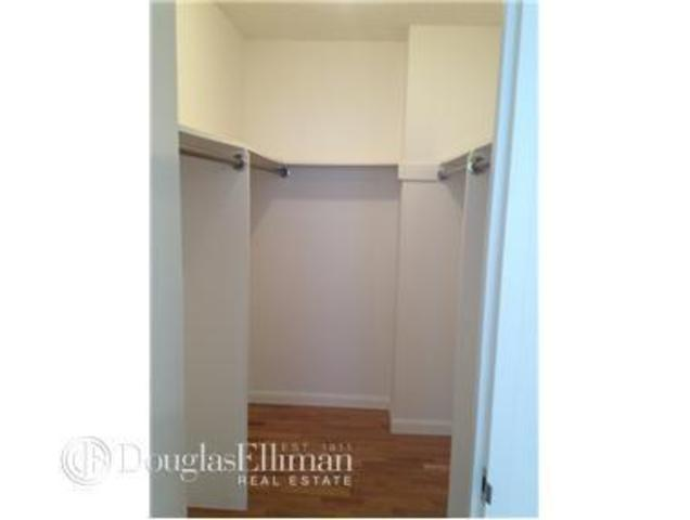 355 South End Avenue, Unit 24J Image #1