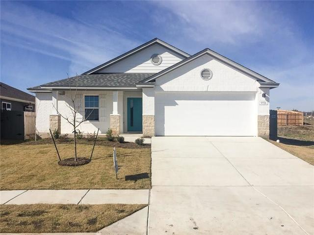 9936 Comely Bend Manor, TX 78653
