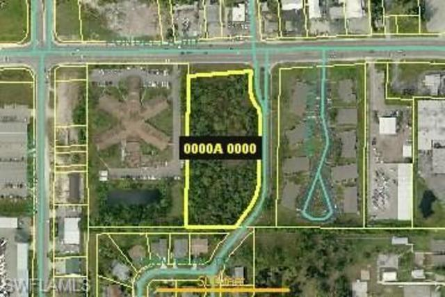 13891 Willow Bridge Drive North Fort Myers, FL 33903