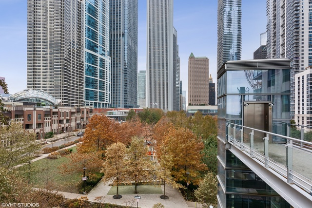 450 East Waterside Drive, Unit 1601 Chicago, IL 60601