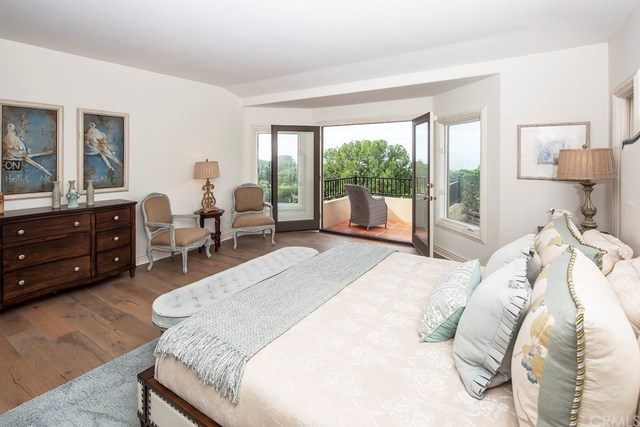 11 Shoreline Newport Beach, CA 92657