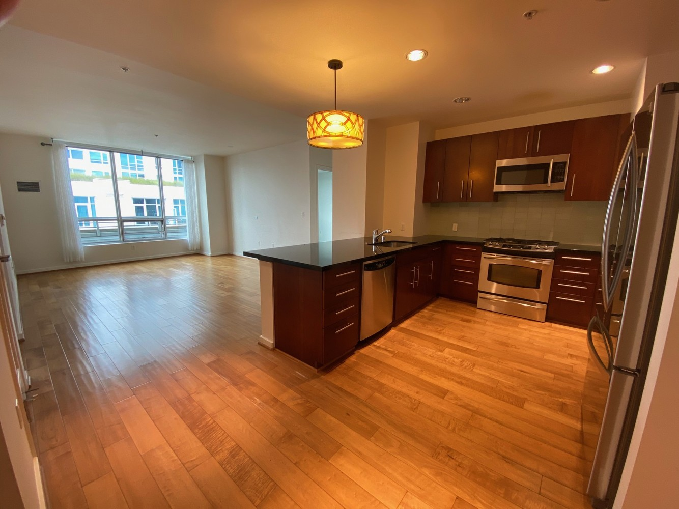 325 Berry Street, Unit 616 San Francisco, CA 94158