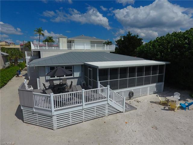 6140 Court Street Fort Myers Beach, FL 33931