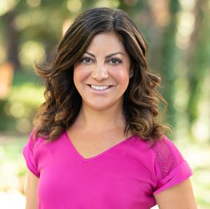 Sandy Shehata,                     Agent in San Francisco - Compass