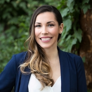 Tawny Burns,                     Agent in San Francisco - Compass
