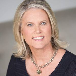 Charlotte Lipscomb,                     Agent in Austin - Compass