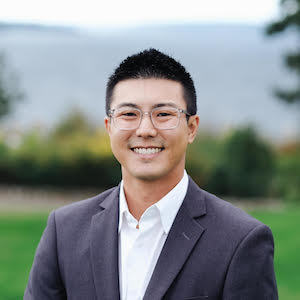 Thomas Shin,                     Agent in Seattle - Compass