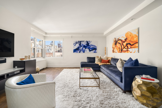 20 East 9th Street, Unit 8G Manhattan, NY 10003