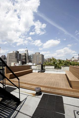 121 East 10th Street, Unit 1A Image #1