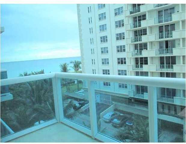 9201 Collins Avenue, Unit 523 Image #1