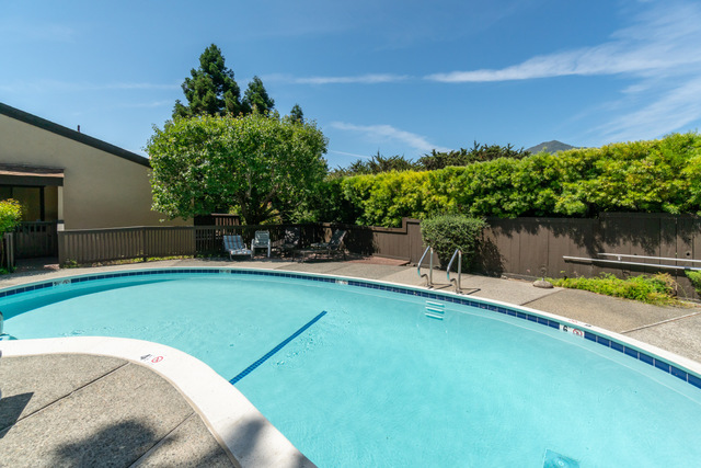 55 Corte Real, Unit 14 Larkspur, CA 94939