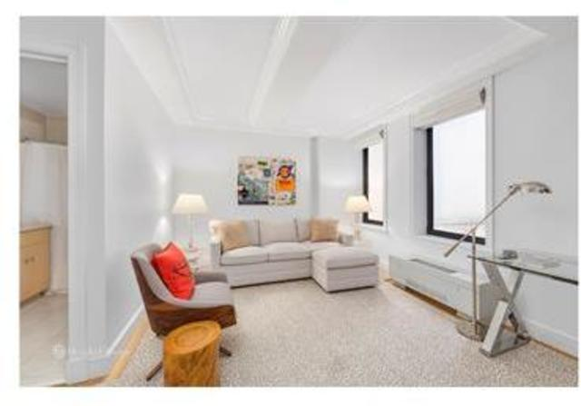 15 East 69th Street, Unit 3D Image #1