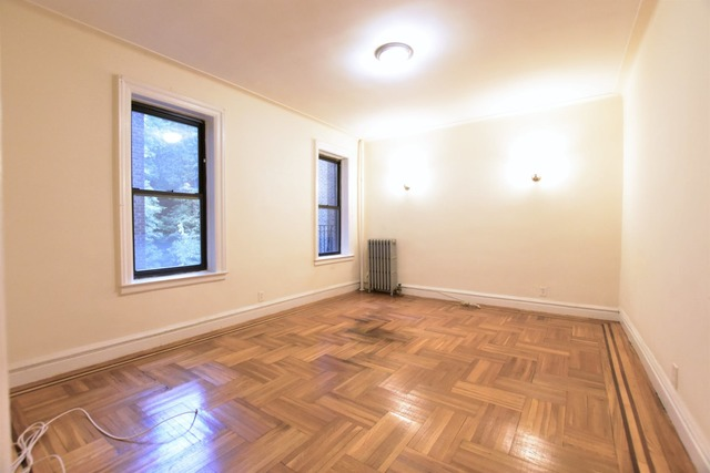 139 Payson Avenue, Unit 3J Manhattan, NY 10034