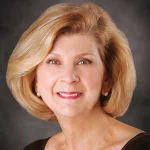 Nancy Carlson, Agent in San Francisco - Compass