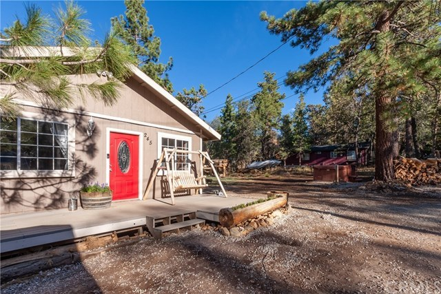 245 Wabash Lane Big Bear City, CA 92386