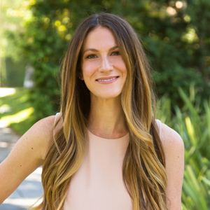 Caroline Wolf, Agent in Los Angeles - Compass