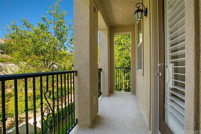 20435 Paseo Altisse Porter Ranch, CA 91326