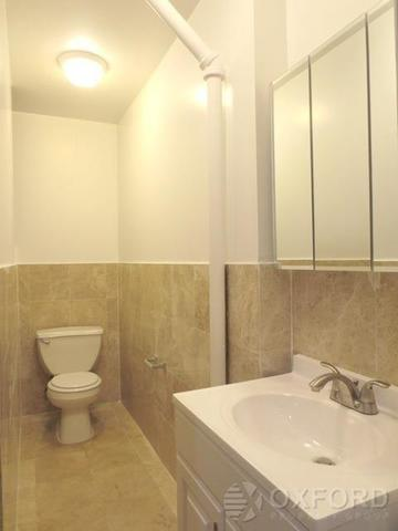 209 East 10th Street, Unit 7 Image #1