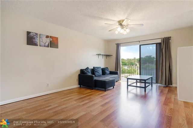 1401 Northwest 92nd Avenue, Unit 196 Pembroke Pines, FL 33024