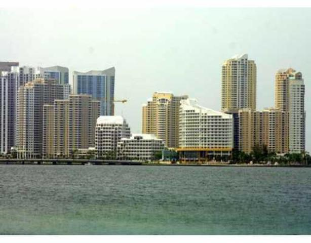 540 Brickell Key Drive, Unit 907 Image #1