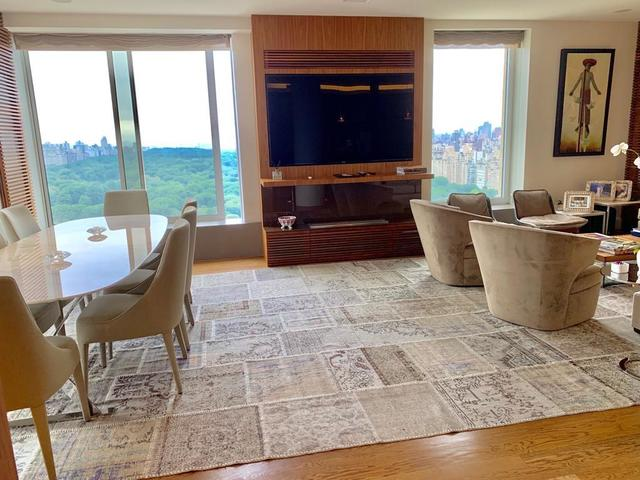 106 Central Park South, Unit 33A Manhattan, NY 10019