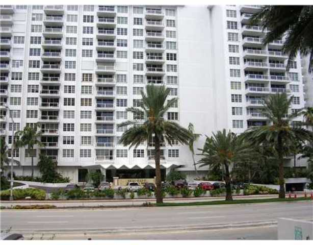 5700 Collins Avenue, Unit 7M Image #1