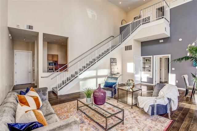 2323 North Houston Street, Unit 710 Dallas, TX 75219