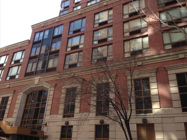 300 East 64th Street, Unit 11B Manhattan, NY 10065