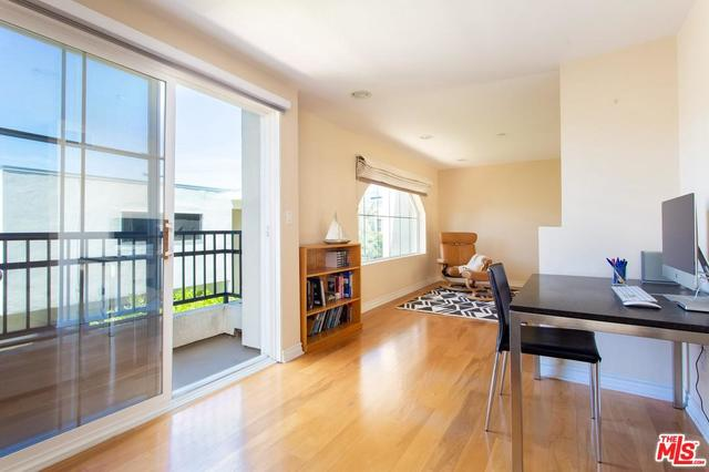 1513 Berkeley Street, Unit 8 Santa Monica, CA 90404
