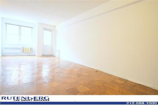 170 West 23rd Street, Unit 1Q Image #1