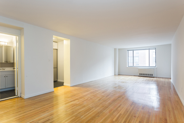 344 East 63rd Street, Unit 7E Image #1