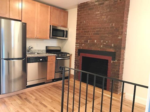 169 Avenue A, Unit 15 Manhattan, NY 10009