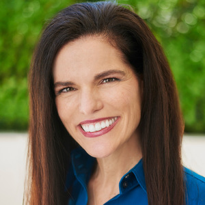 Lisa Fittipaldi,                       Agent in Los Angeles - Compass