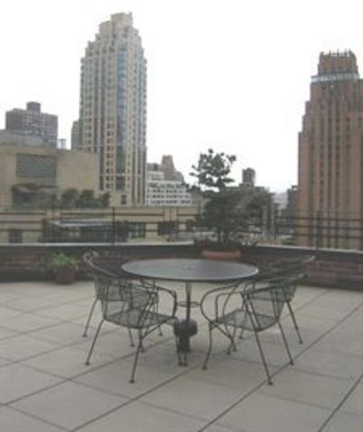 310 East 49th Street, Unit 4E Image #1