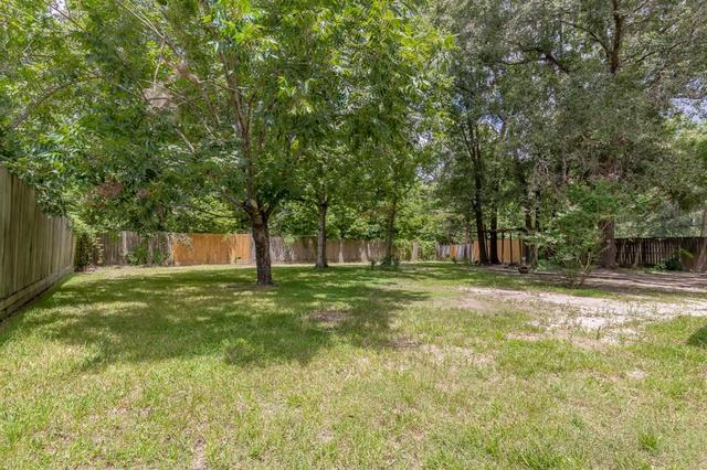 2604 North Woodloch Street Conroe, TX 77385