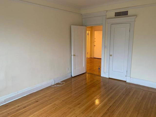466 Commonwealth Avenue, Unit 302 Boston, MA 02215