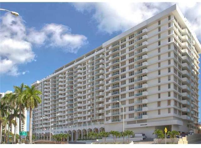 5601 Collins Avenue, Unit 1511 Image #1