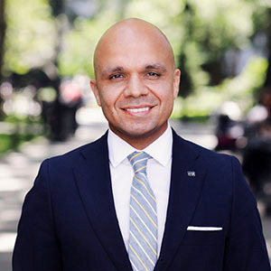 Juan Rosado, Agent in NYC - Compass