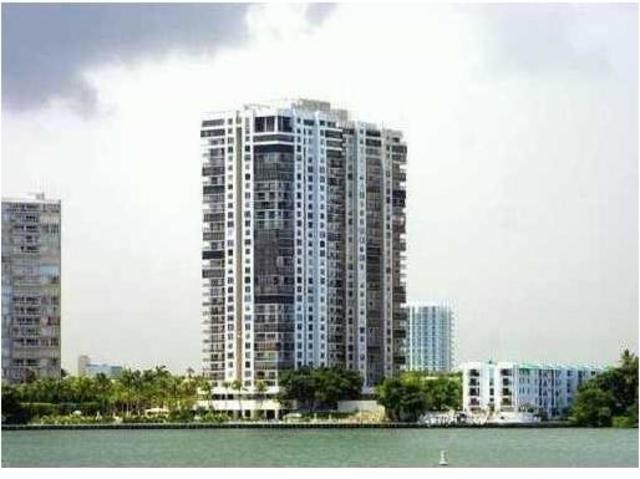 2333 Brickell Avenue, Unit 803 Image #1