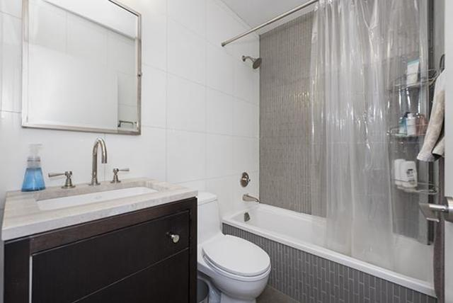 212 East 47th Street, Unit 34B Image #1