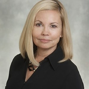 Cindy Phillips,                     Agent in San Francisco - Compass